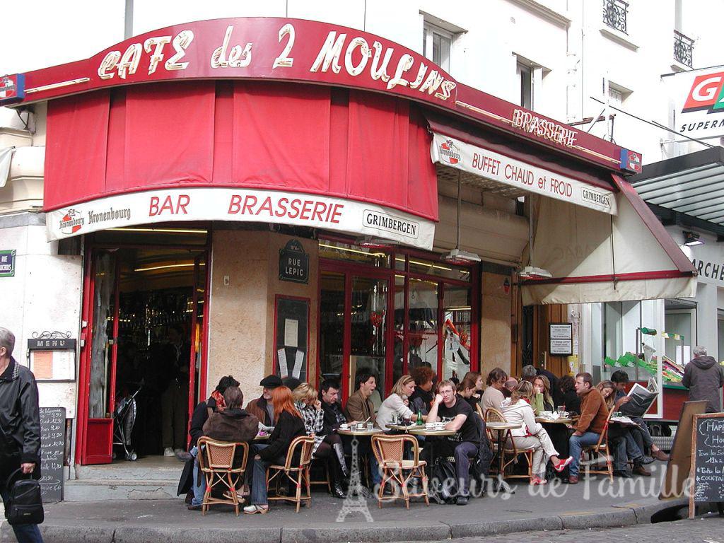 The real Café des Deux Moulins at no. 15 Rue Lepic